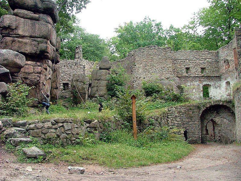 ruiny-zamku-blczow